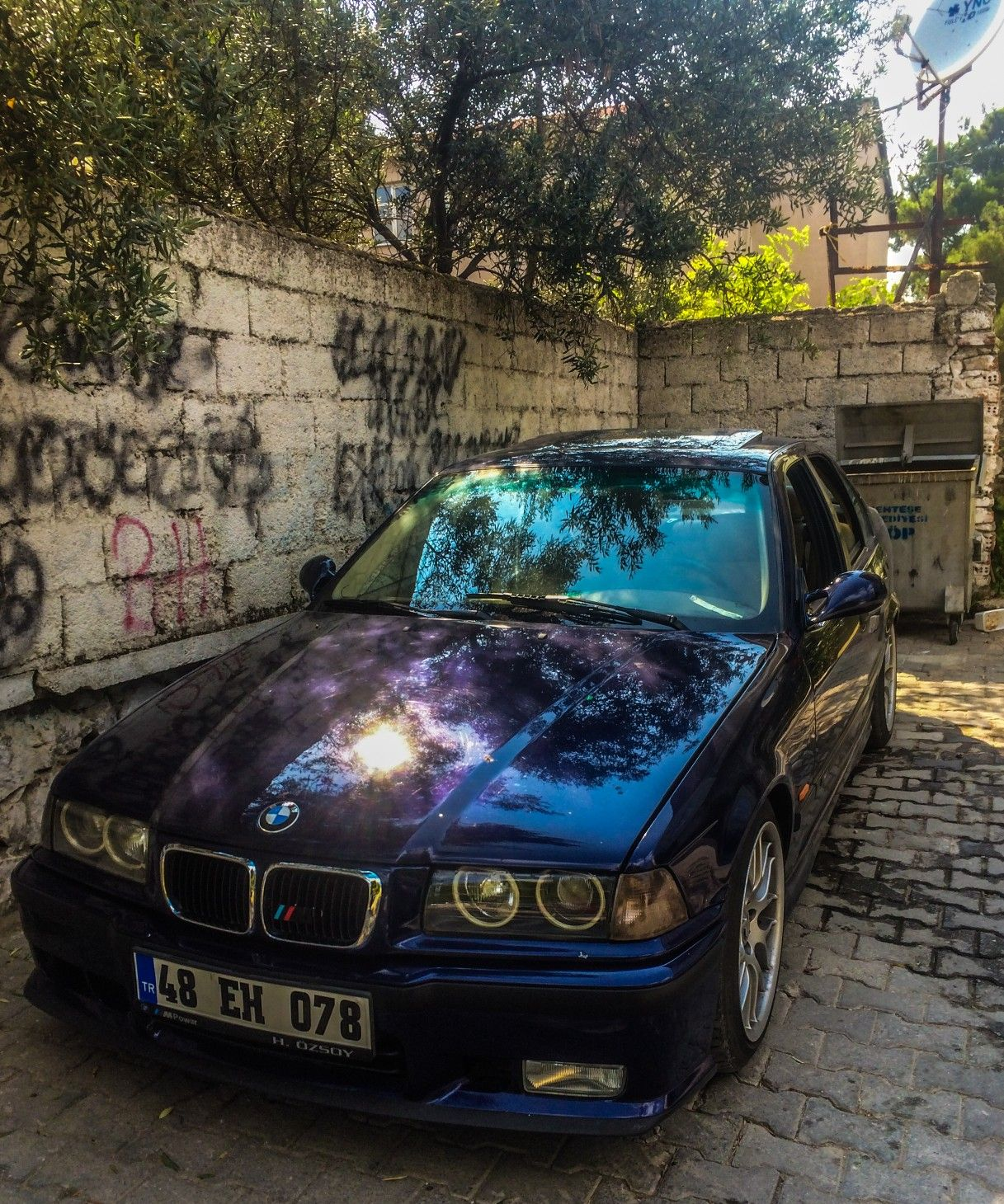 Pin By Vasil Lazov On Bmw In 2020 With Images E36 Sedan Bmw