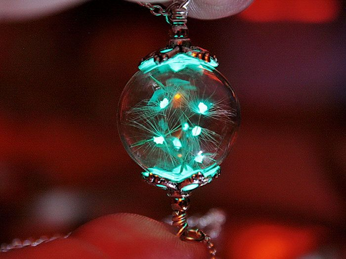 Préférence Glow-In-The-Dark-Jewelry That Will Make You Feel Magical | Ads  FF21