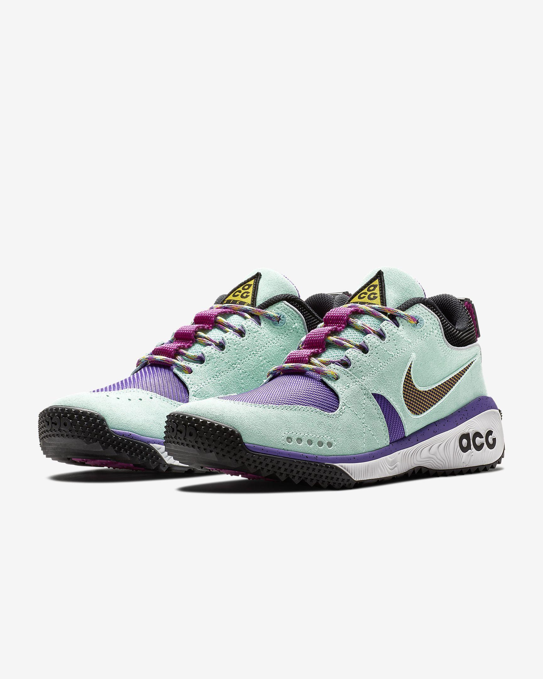 Nike ACG Dog Mountain Men s Shoe  959e488ebc26