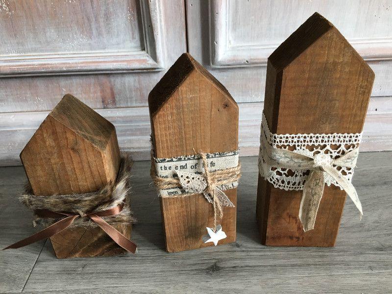 Deko-Objekte - Holzhäuser Shabby Weihnachten - ein Designerstück von MaCo33 bei DaWanda #weihnachtsmarktideenverkauf