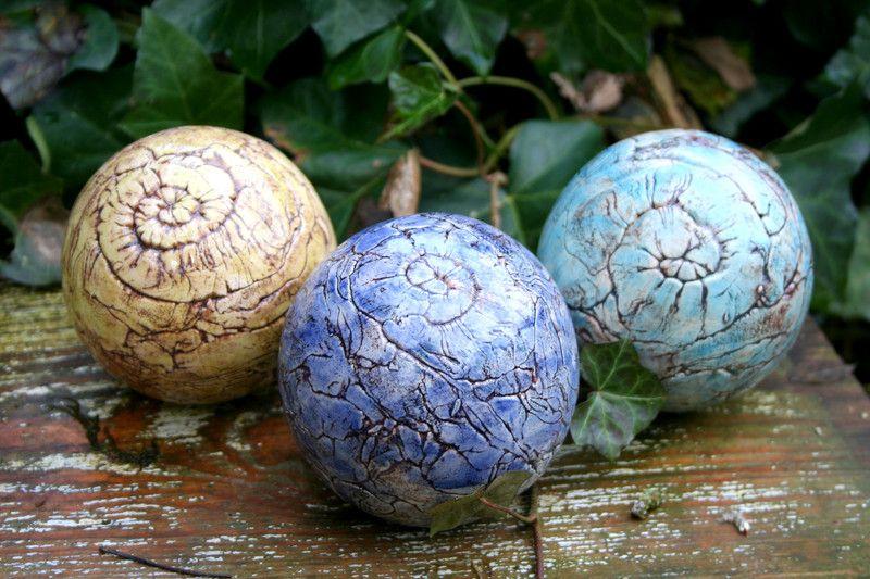 Sold - Pflanzen- & Gartenstecker - Keramik Rosenkugel Set, 3 Beetstecker - Unikate - ein Designerstück von Sandlilien bei DaWanda