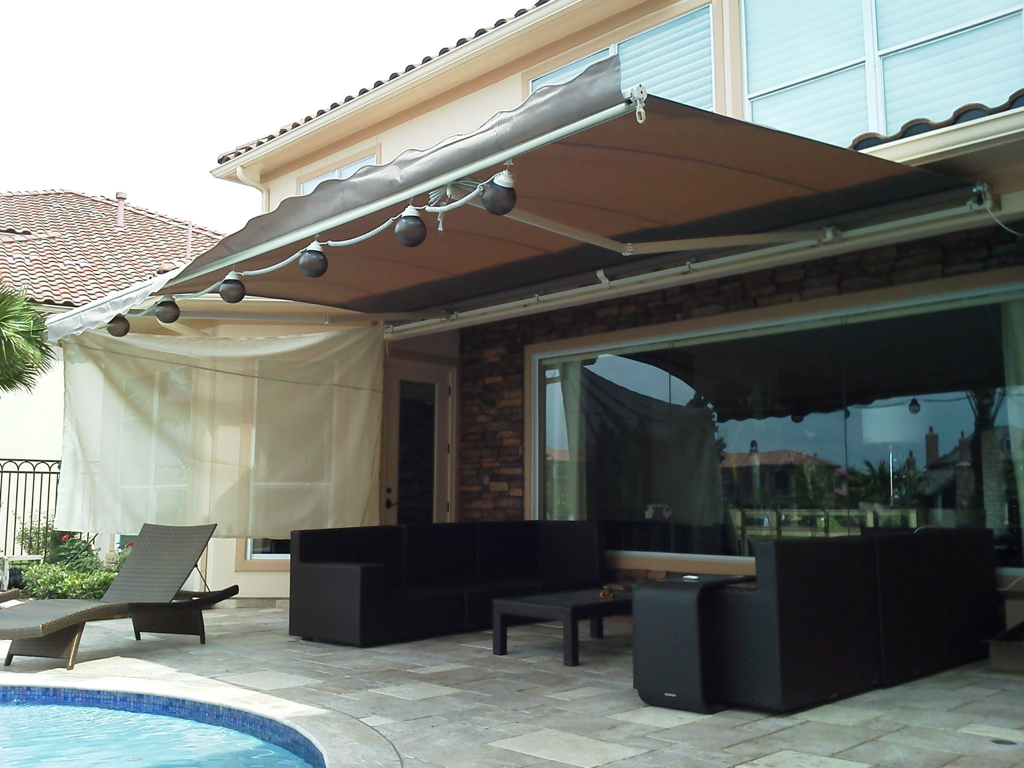 The SunSetter Retractable Awning is one of our many shade ...