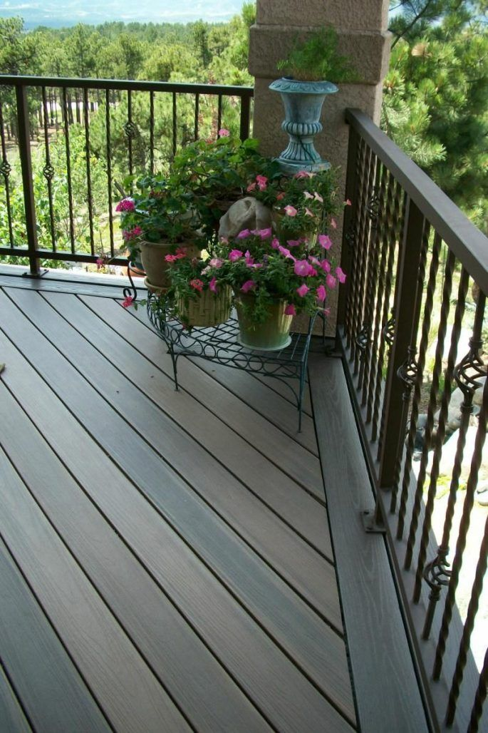 2019 Deck Railing Ideas (With Material Option Pros and ...