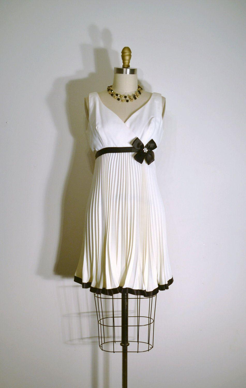 Vintage 1960s Dress 60s Party Dress Black And White Etsy Vintage Dresses 1960s Black And White Cocktail Dresses Dresses [ 1500 x 951 Pixel ]