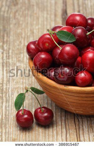 Cherry Fotografía en stock   Shutterstock