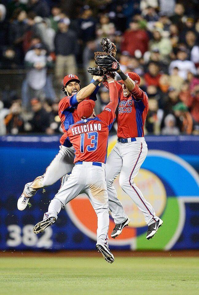 La Emocion De Un Pais Ellos La Reflejan World Baseball Classic Baseball Team Baseball