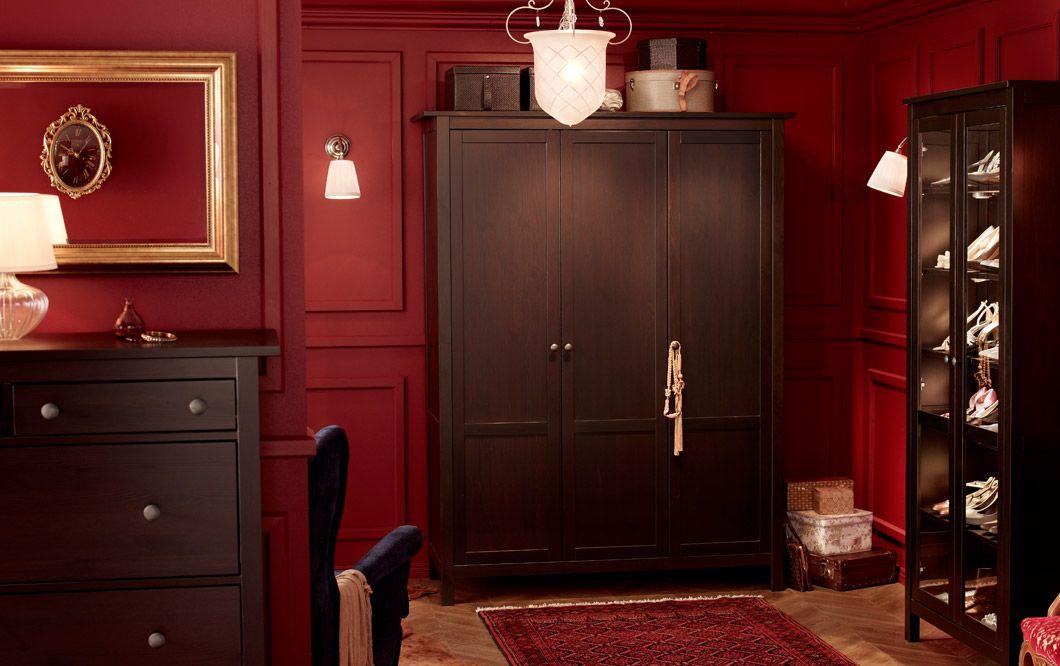 Schlafzimmer eingerichtet u a mit 3-türigem HEMNES - spiegel für schlafzimmer