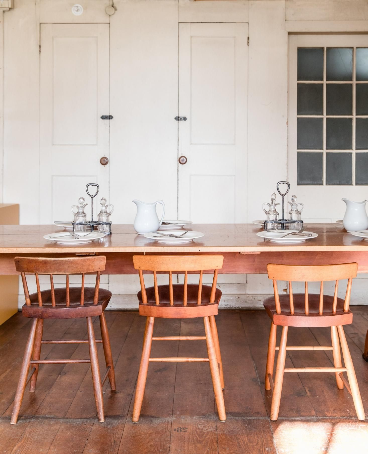 in the dwelling house 16 design ideas to steal from the shakers rh pinterest com shaker dining room table plans shaker dining room