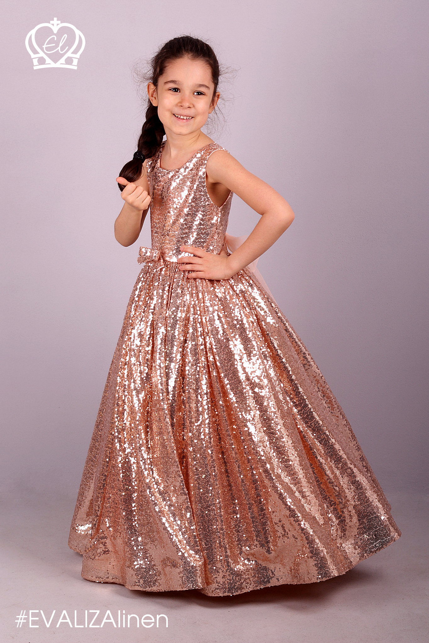 b46a799300eb Gold rose sequin girls Dress. Trend #EVALIZAboutique collection.👗 Backless  Sleeveless top is fully lined for comfort.👍 You can find lining under the  skirt ...