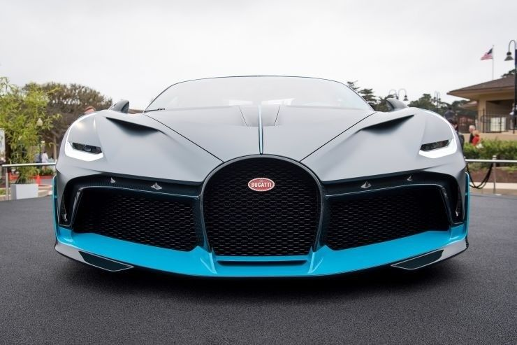 Buy This 2020 Bugatti Divo For Sale On Dupont Registry Click To View Photos Price Specs And Learn More About This Bu Super Cars Bugatti Veyron Price Bugatti