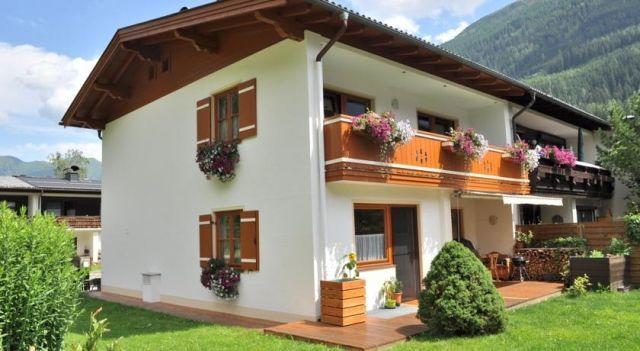 Appartement Anne - #Apartments - $63 - #Hotels #Austria #BadGastein http://www.justigo.eu/hotels/austria/bad-gastein/appartement-anne_36034.html