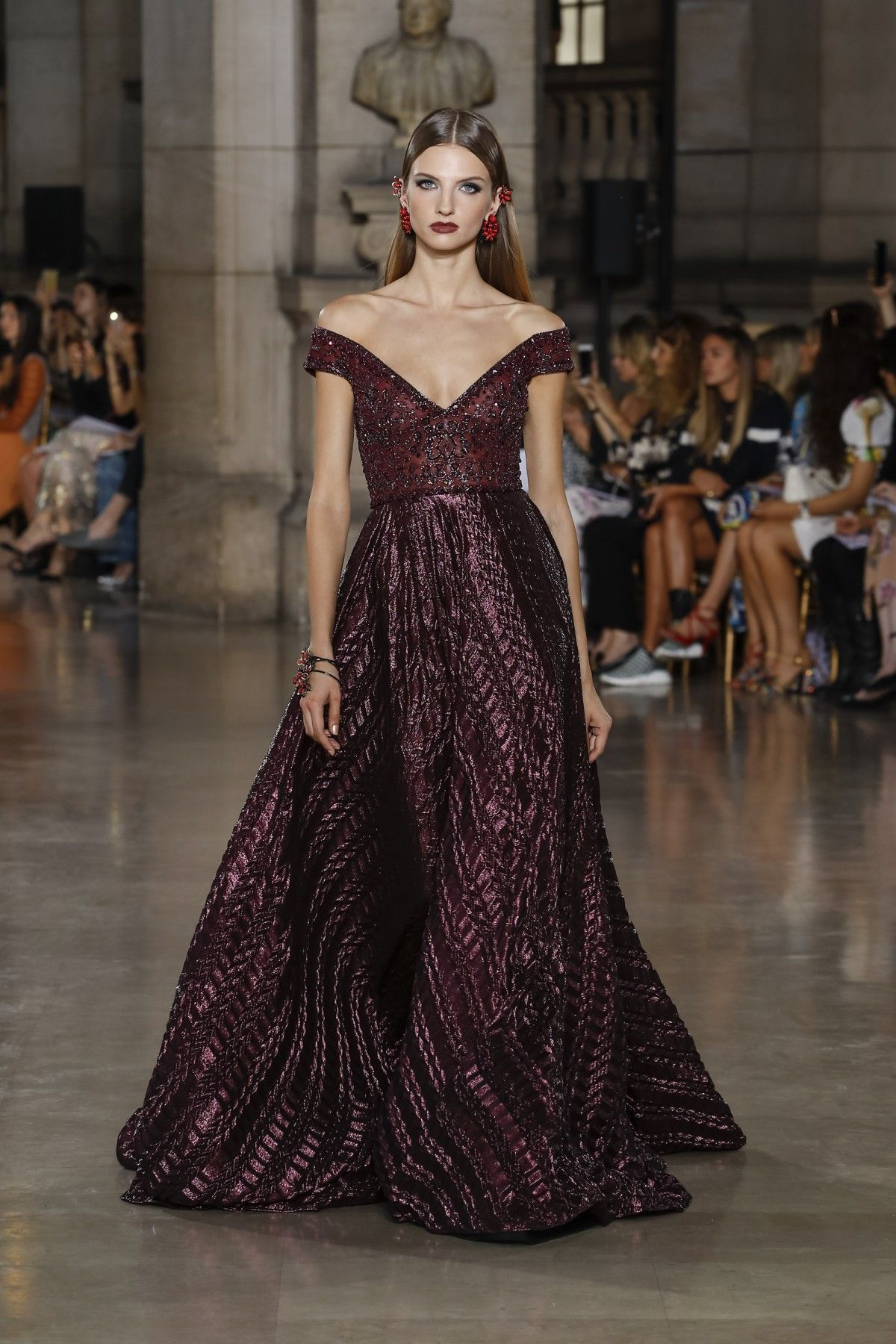 Georges Hobeika - Fall-Winter 2017-18 Haute Couture Collection ...