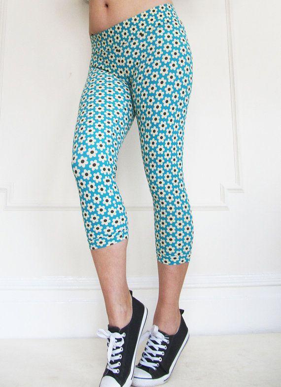 b1ae28c103c9 Women Capri Leggings in Summer Fun Daisy Print by MiaRayStudio ...