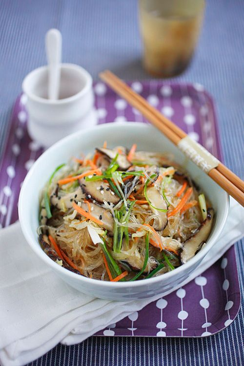 Vegetable Fried Noodles | http://pinterest.com/rasamalaysia/