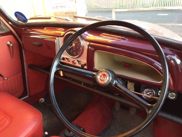 Morris Minor Saloons For Sale With Images Morris Minor Morris