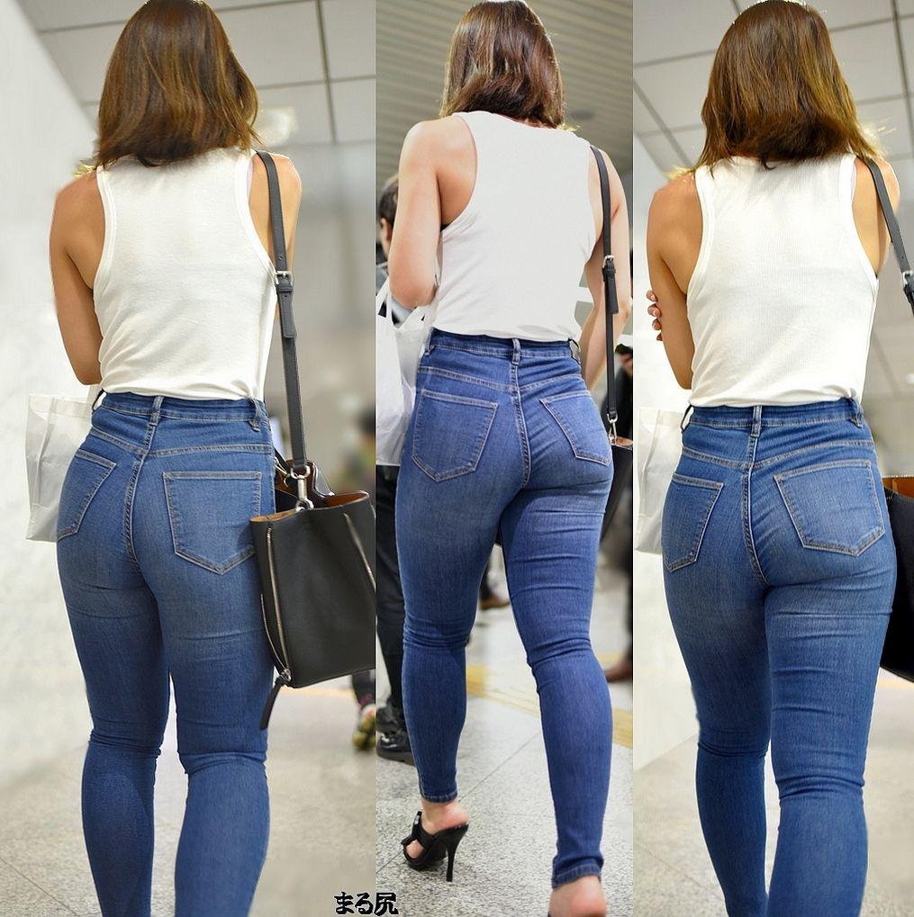 поняла фото зрелых в джинсах жадность фраера
