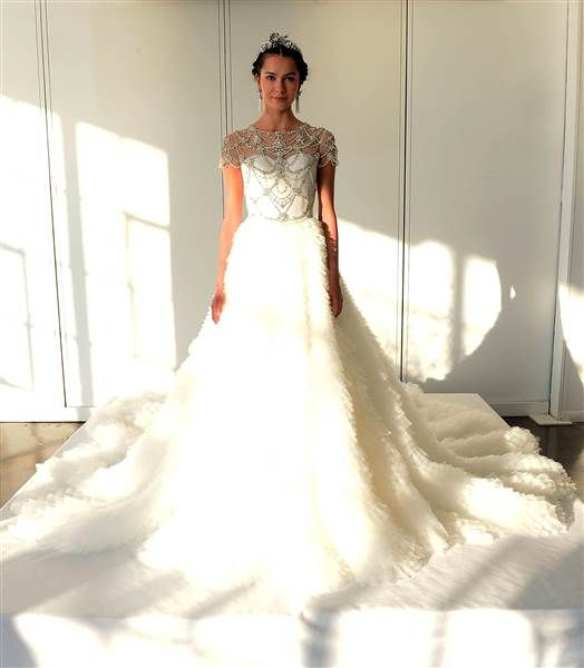 10 Drop Dead Gorgeous Wedding Gowns From Bridal Fashion Week Fall 2016 Marchesa And Event Ideas