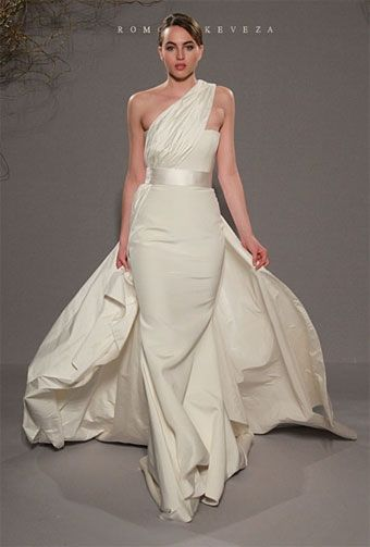 Dressed Like A Greek Goddess The Greek Wedding Dress