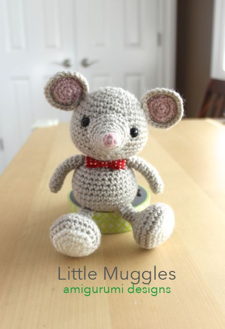 Amigurumi Catnip Mouse Free Pattern and Video | 640x439