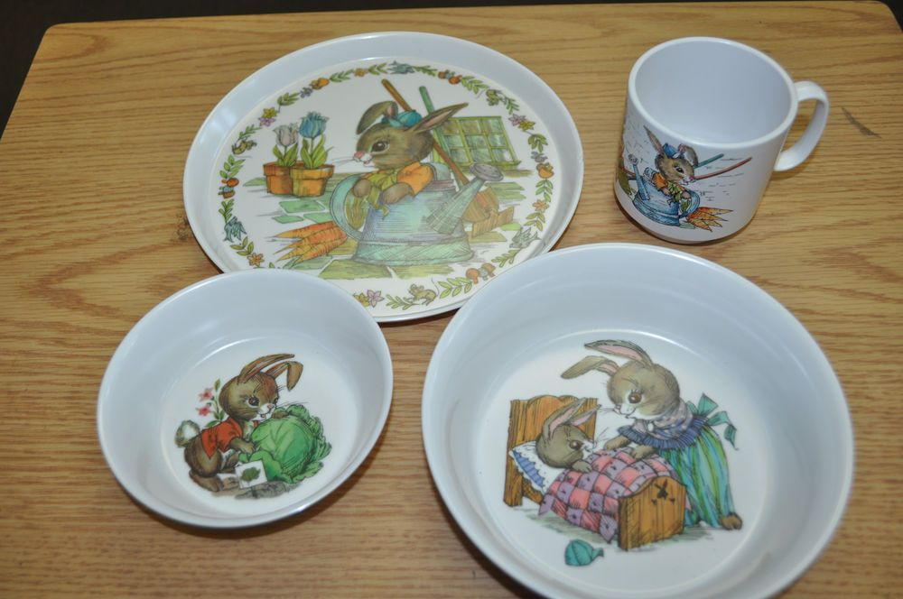Vintage 1960 S Children S Oneida Deluxe Peter Rabbit Bowls Plate And Cup Set Cupping Set Plates And Bowls Whale Theme