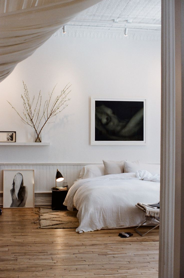 rug under bed hardwood floor. 17 Best Ideas About Bedroom Wooden Floor On Pinterest | Scandinavian Bedroom, Rug Under Bed Hardwood L