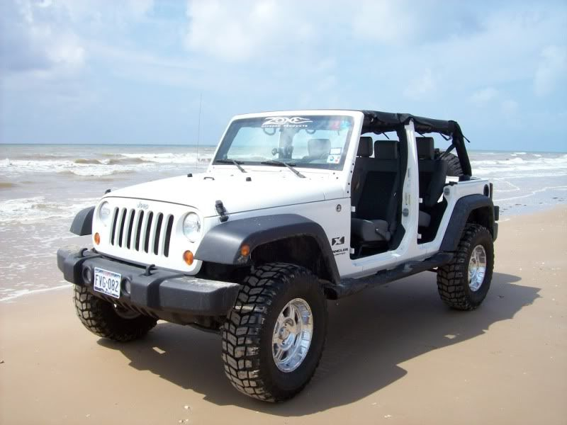 One Of Our Rides To Get Around On The Beach Dream Cars Jeep