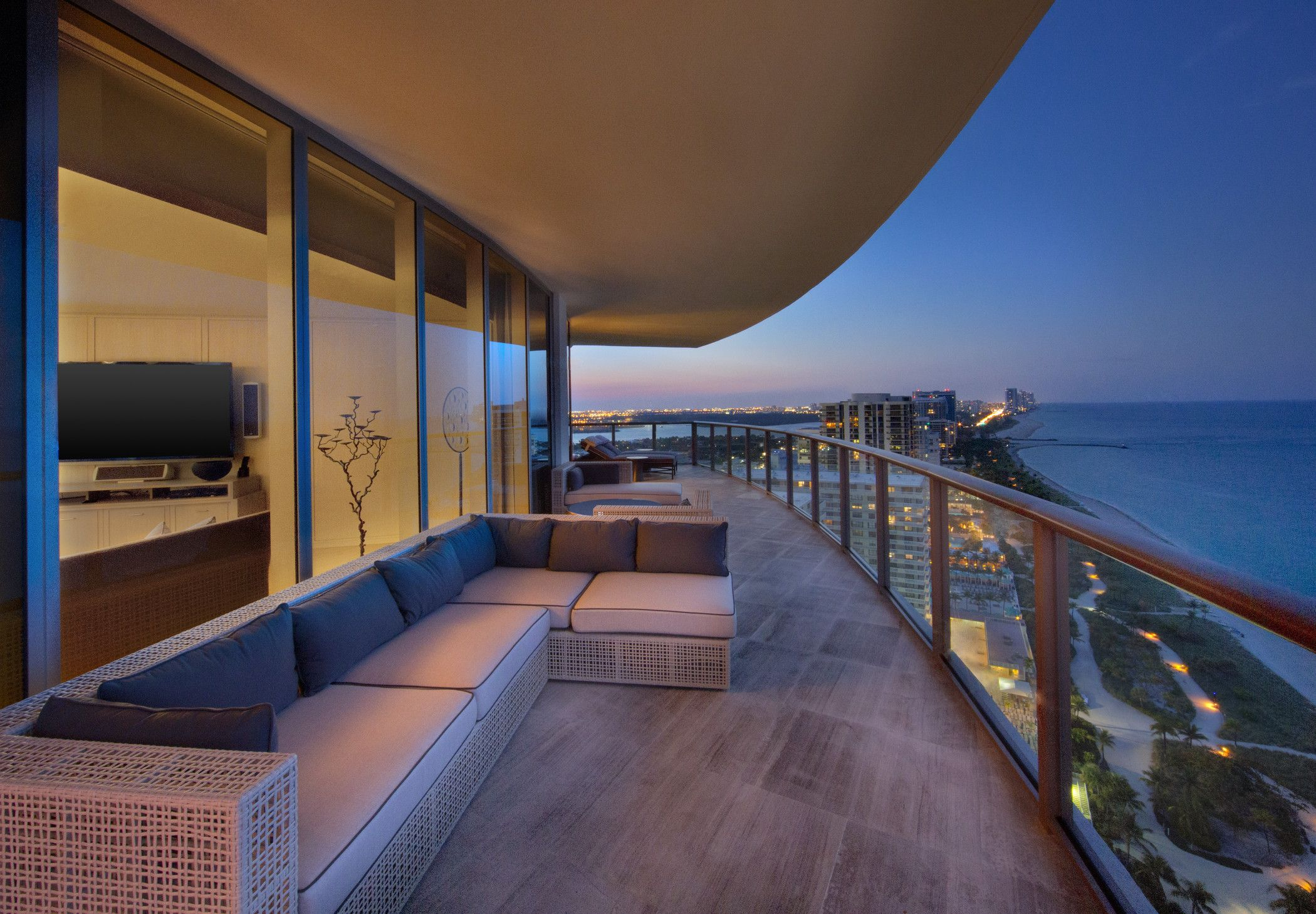 Where to Stay: The St. Regis Bal Harbour Resort, courtesy of @Travel + Leisure. #travel #Miami #DestinationFabulous