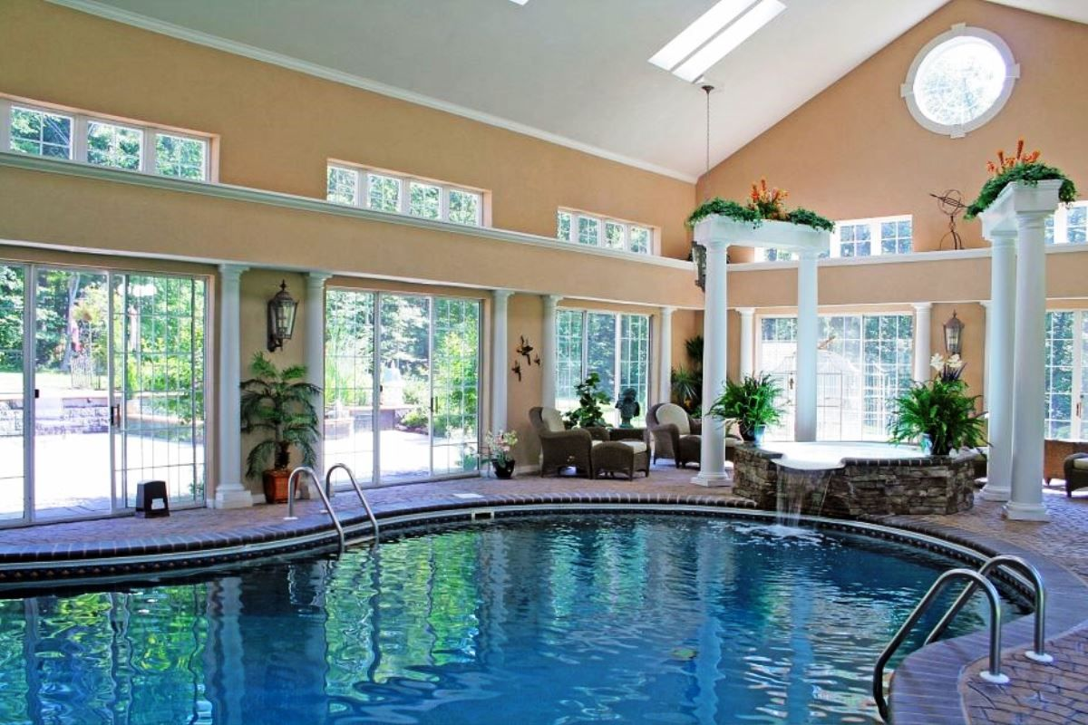Houses with pools inside - 17 Best Images About Swimming Pools On Pinterest Endless Pools Pool Houses And Swimming