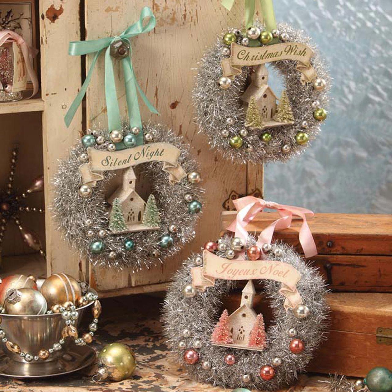 50 Creative Classy Diy Christmas Table Decoration Ideas In 2020 Christmas Wreaths Christmas Table Decorations Diy Diy Christmas Lights