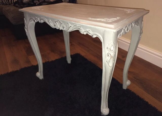 Vintage coffee table with Queen Anne legs, painted in ...