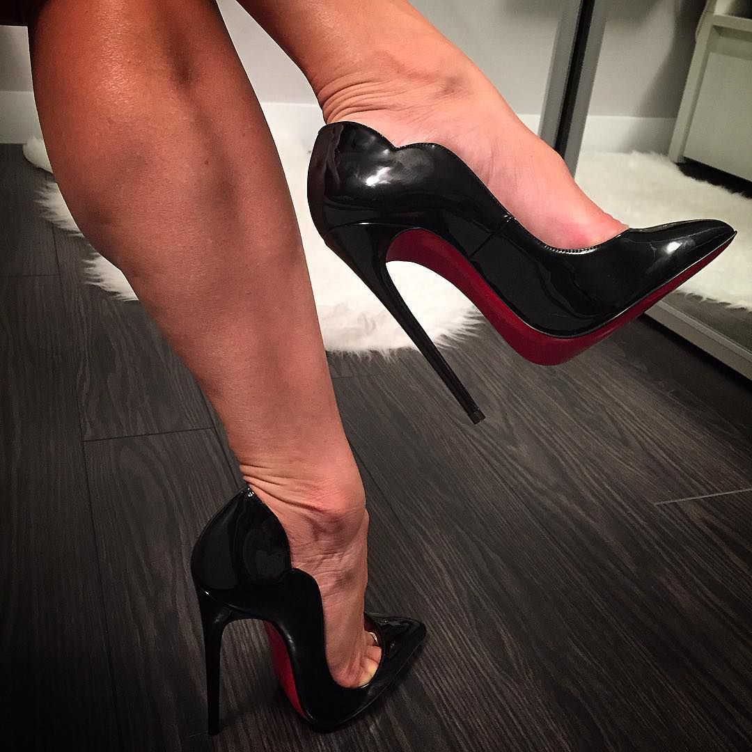 cab51d9d663 Christian Louboutin Hot Chick 130 mm by @shoe_junky_xo | correct ...