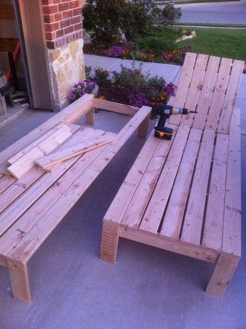 DIY Liegestuhl aus Holz zum selber bauen   lounge chair - gartenbank aus paletten selber bauen