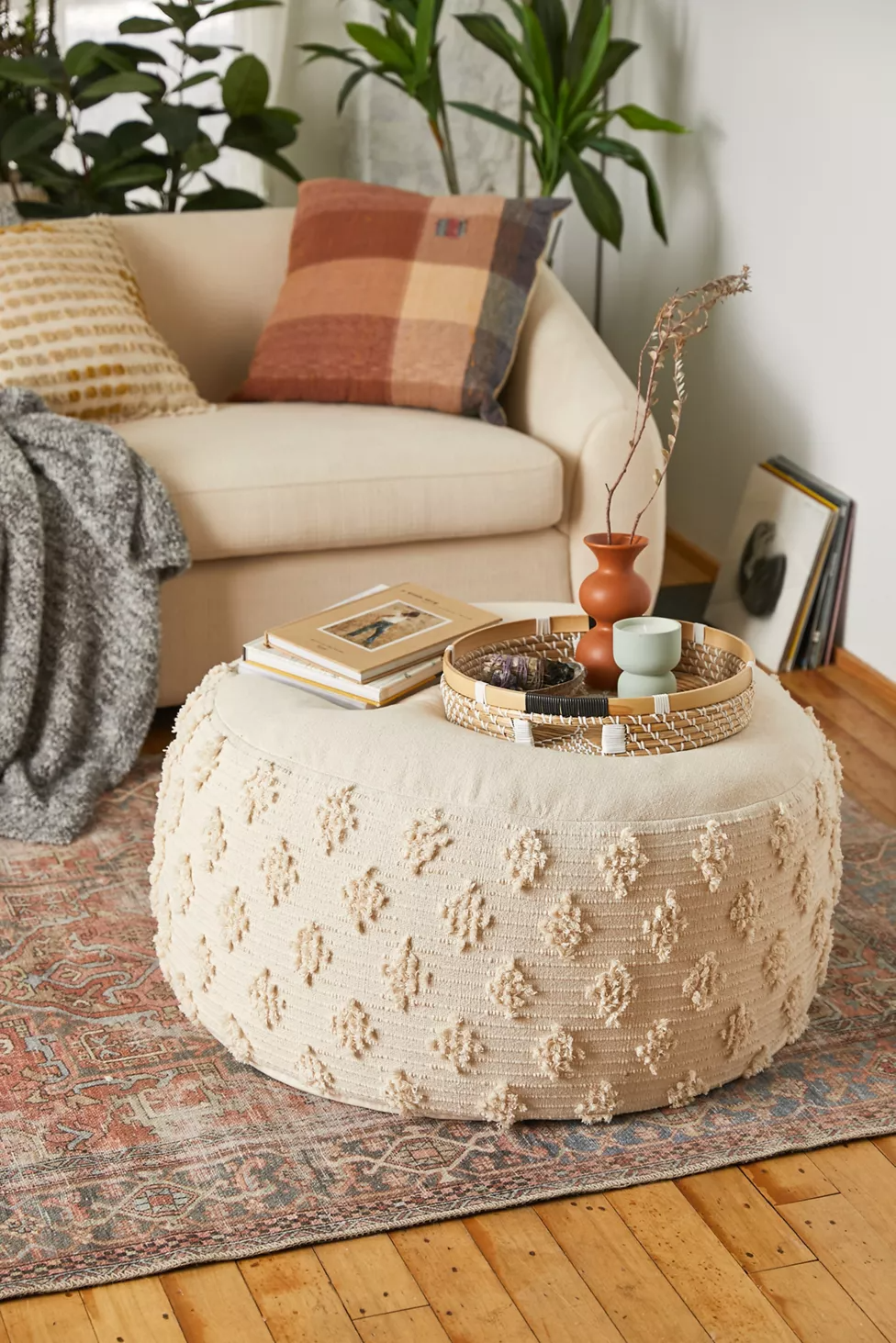 Runa Coffee Table Pouf Coffee Table Pouf Living Room Pouf Furniture Collections [ 1463 x 976 Pixel ]