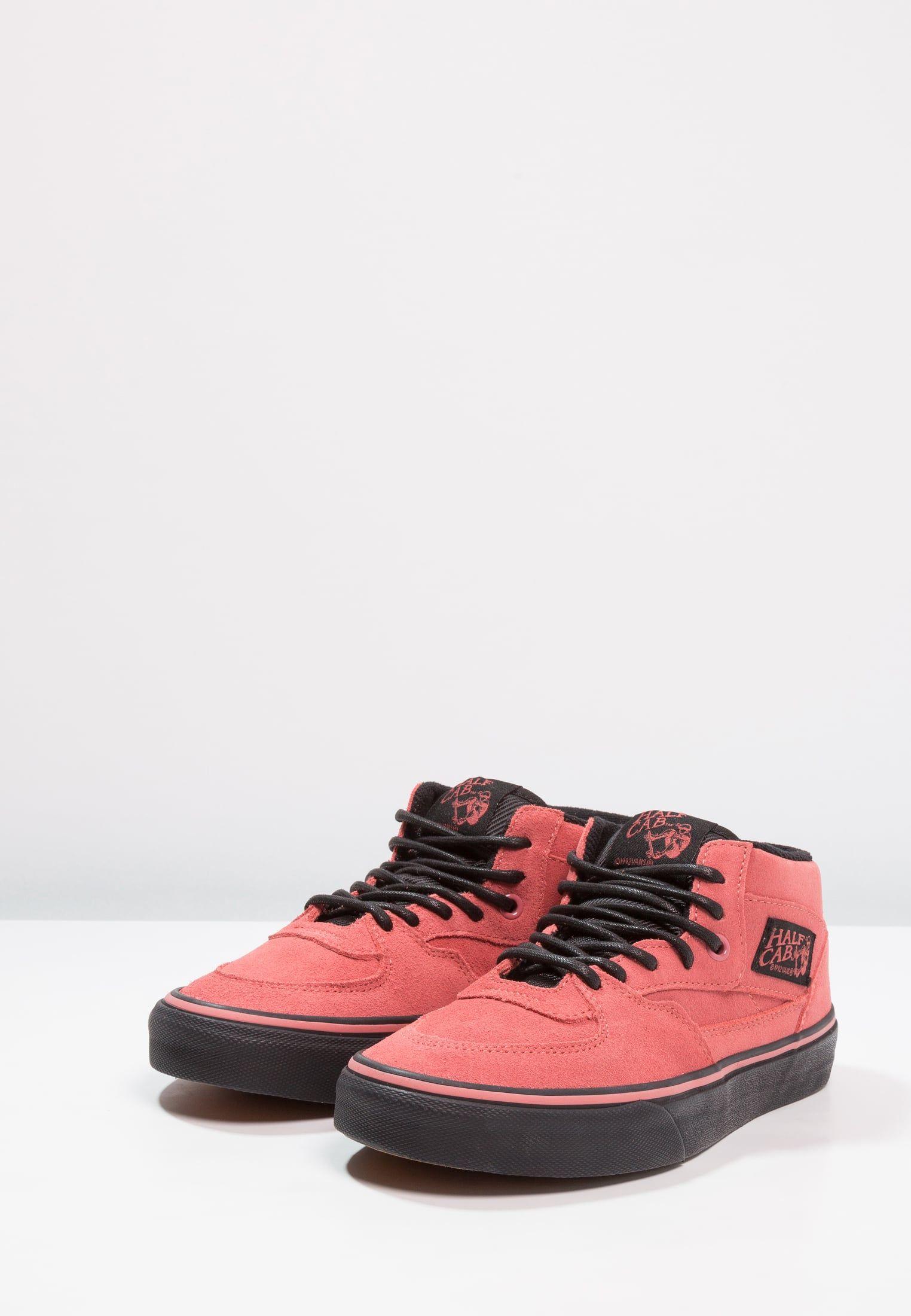 Vans UA HALF CAB Sneaker high faded roseblack für 33,95