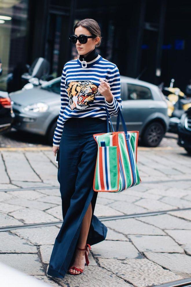 32ece9175e on the street - Balenciaga - grocery bag - shoulder bag - green - blue -  outfit - steet style - inspiration - fashion week - 2017 - Milan - l Etoile  Luxury ...