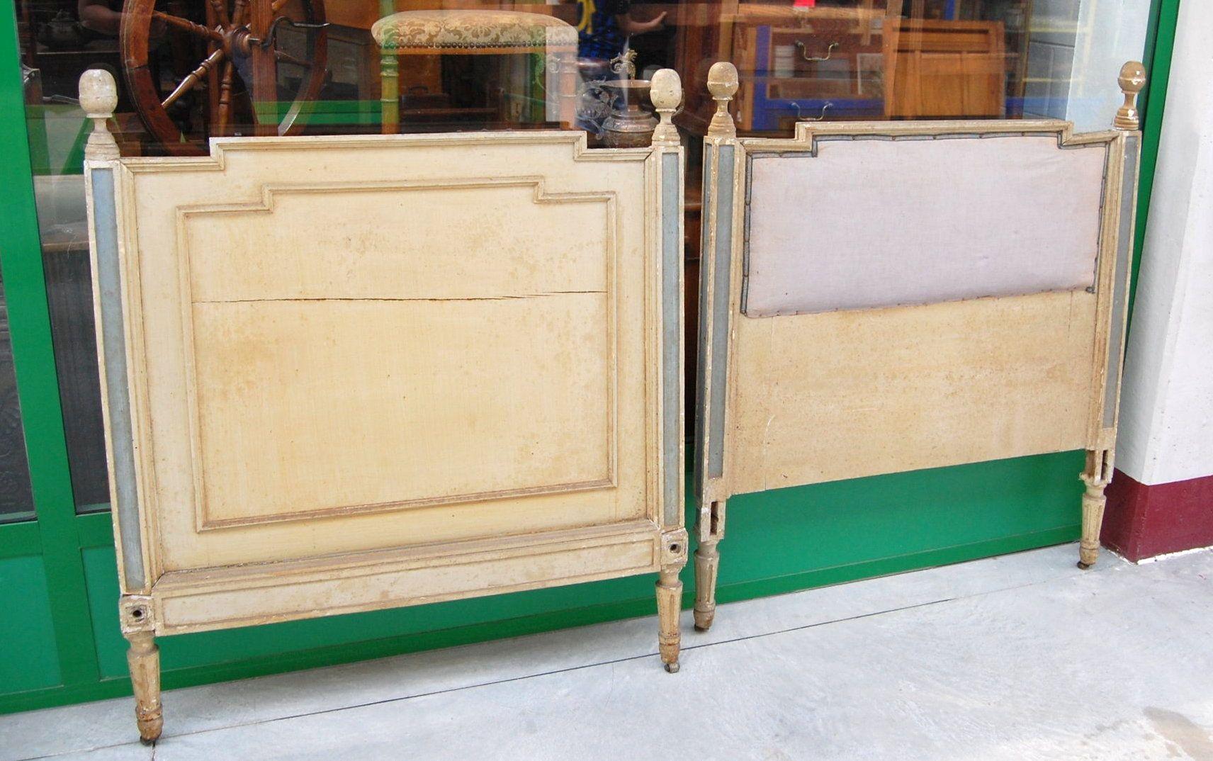 Testiera e pediera di letto Luigi XVI laccato d'epoca fine