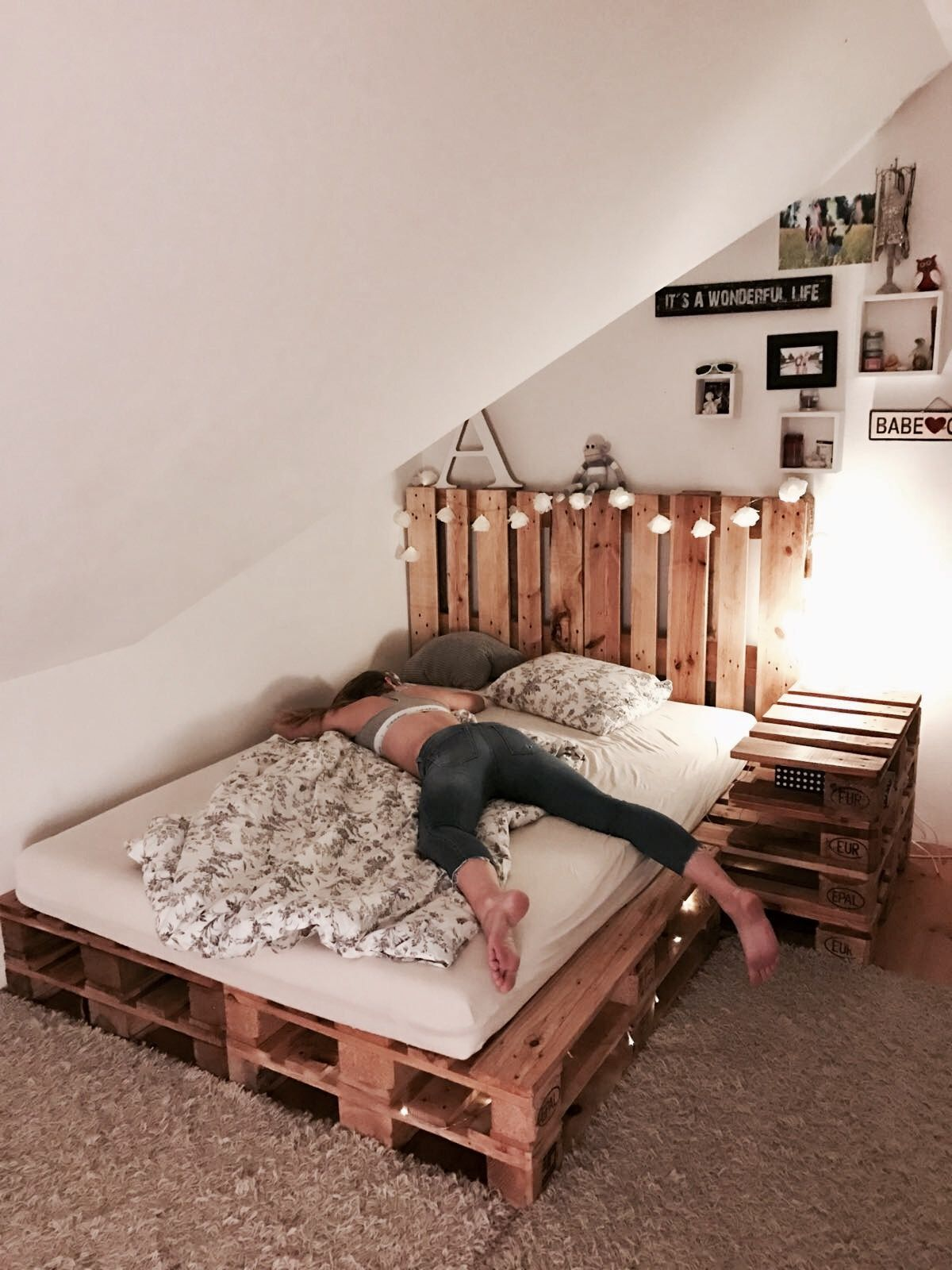 pallet bed DIY | out of 10 pallets | Cheap bedroom ... on Pallet Bedroom Design  id=24239