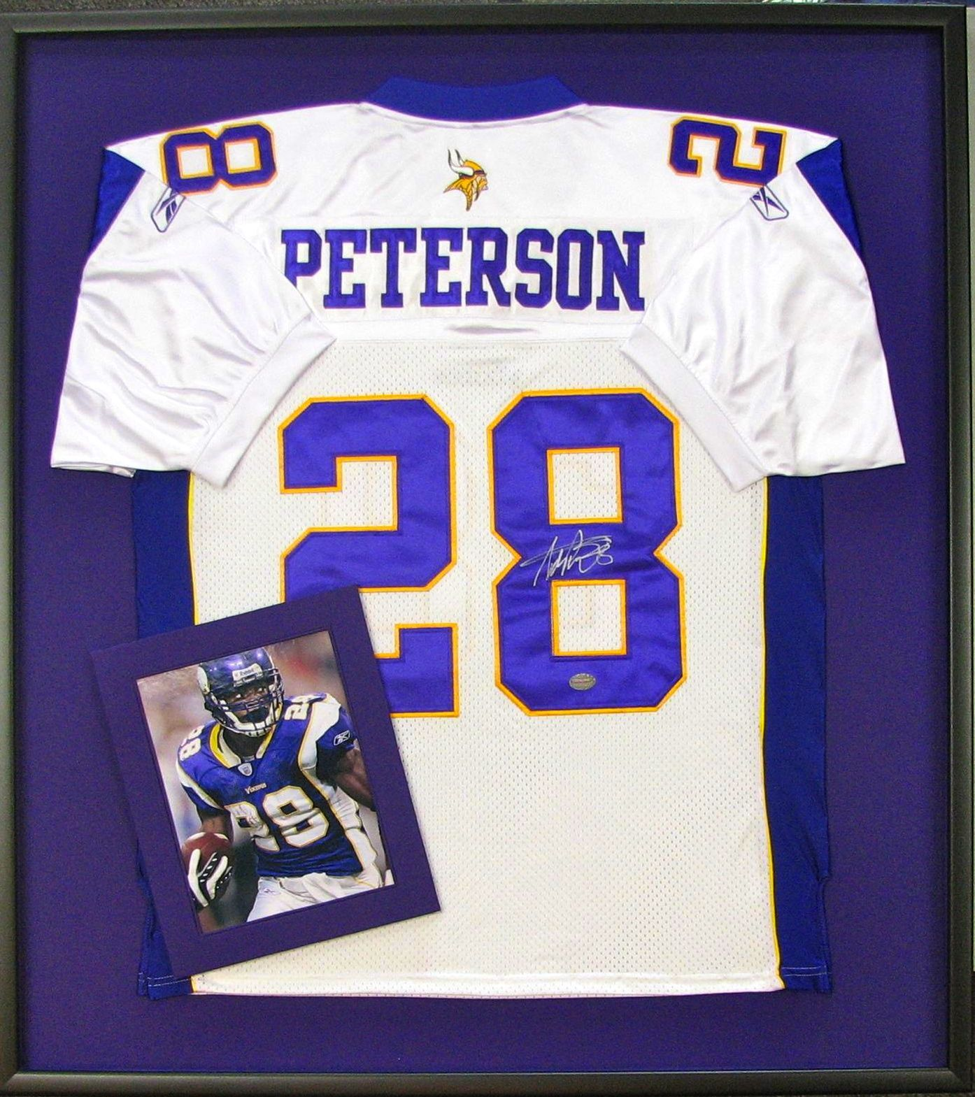 Adrian Peterson Jersey Picture frame shop, Framed jersey