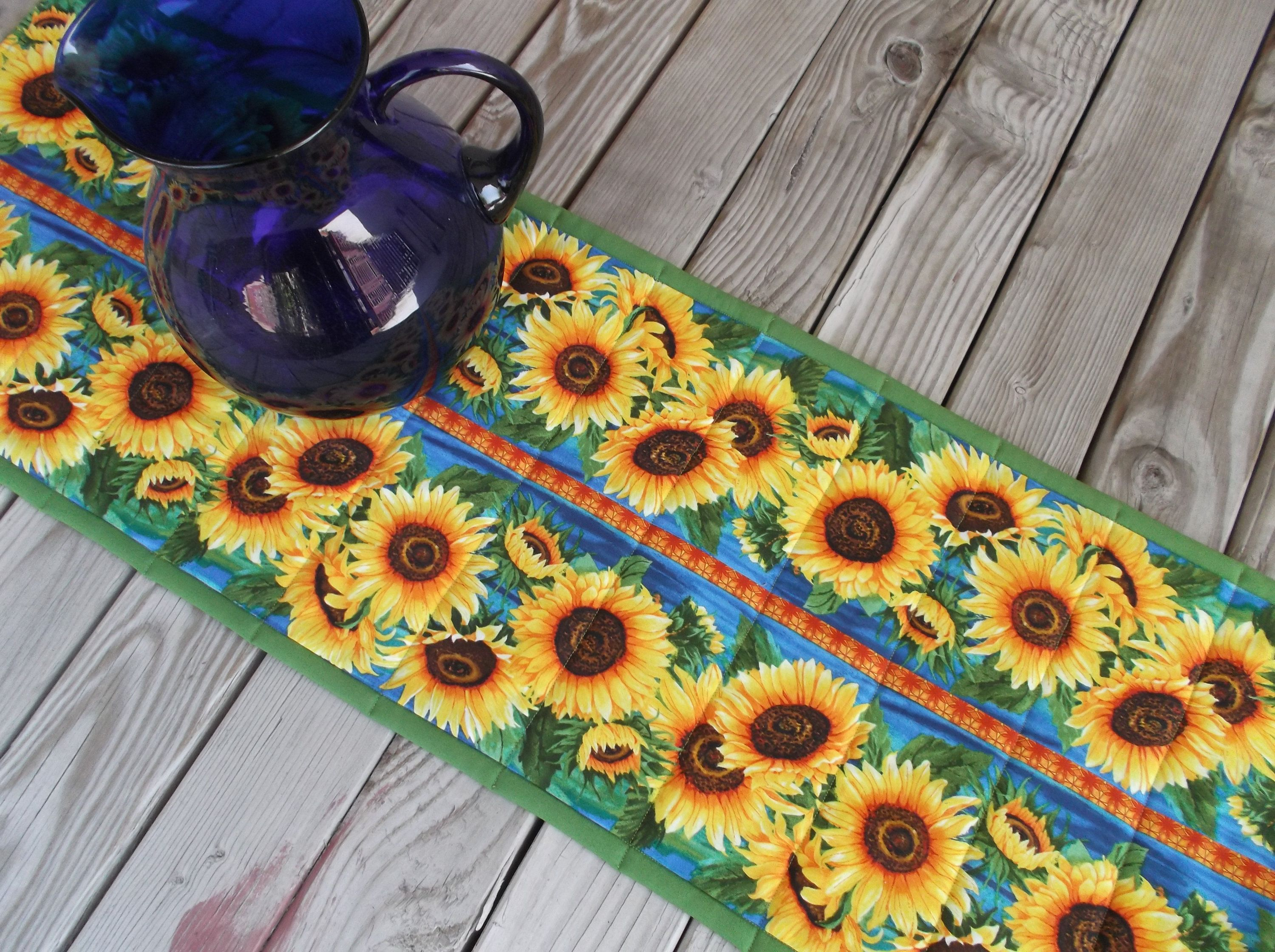Sunflower Table Topper, Quilted Table Topper, Handmade Table Topper, Table  Runner, Sideboard Runner, 37 Inches