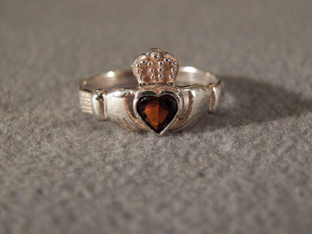 antique sterling claddagh ring MY BIRTHSTONE