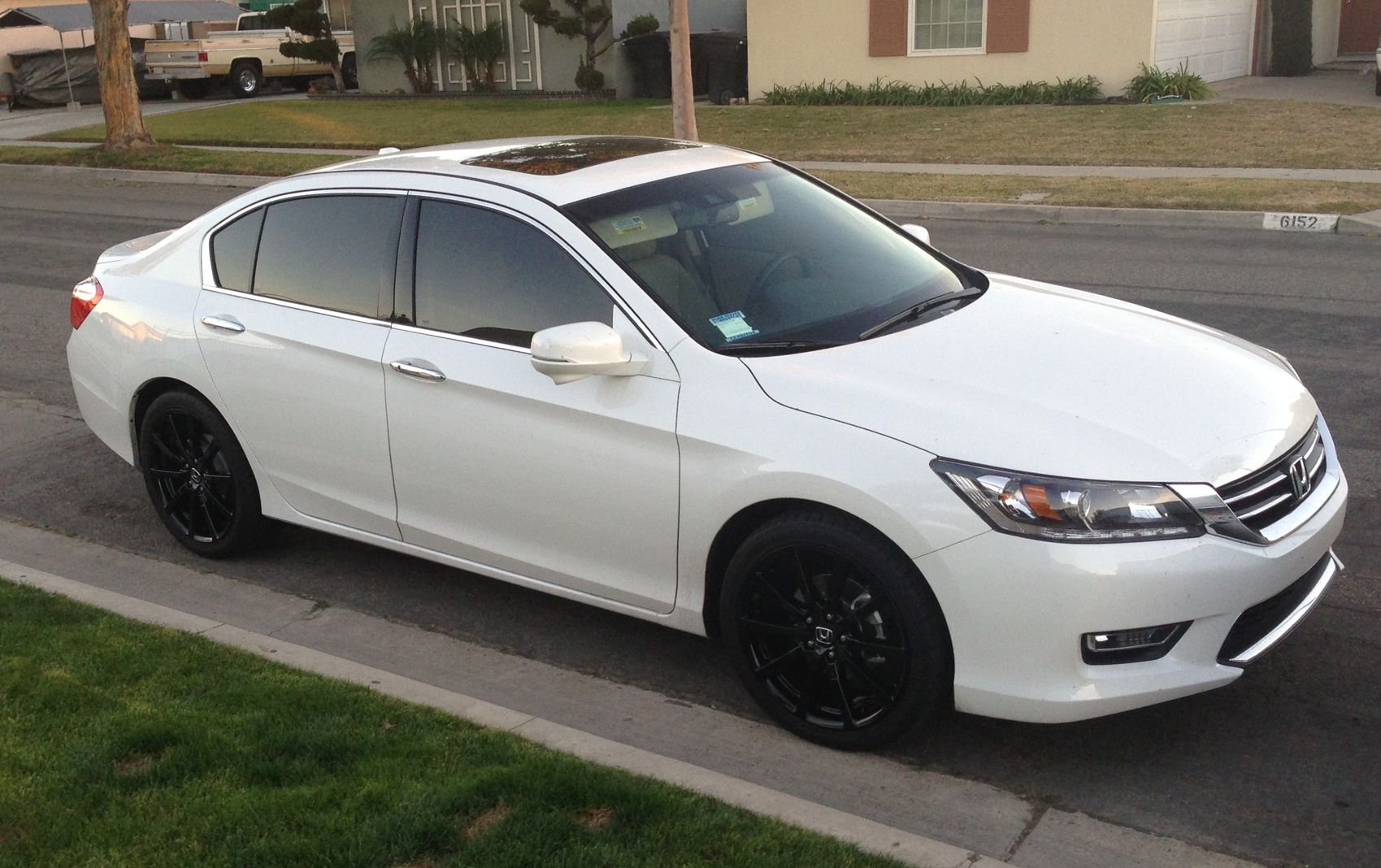 Latest Creation: 2013 Honda Accord V6 With Black Old Style 2009 HFPs
