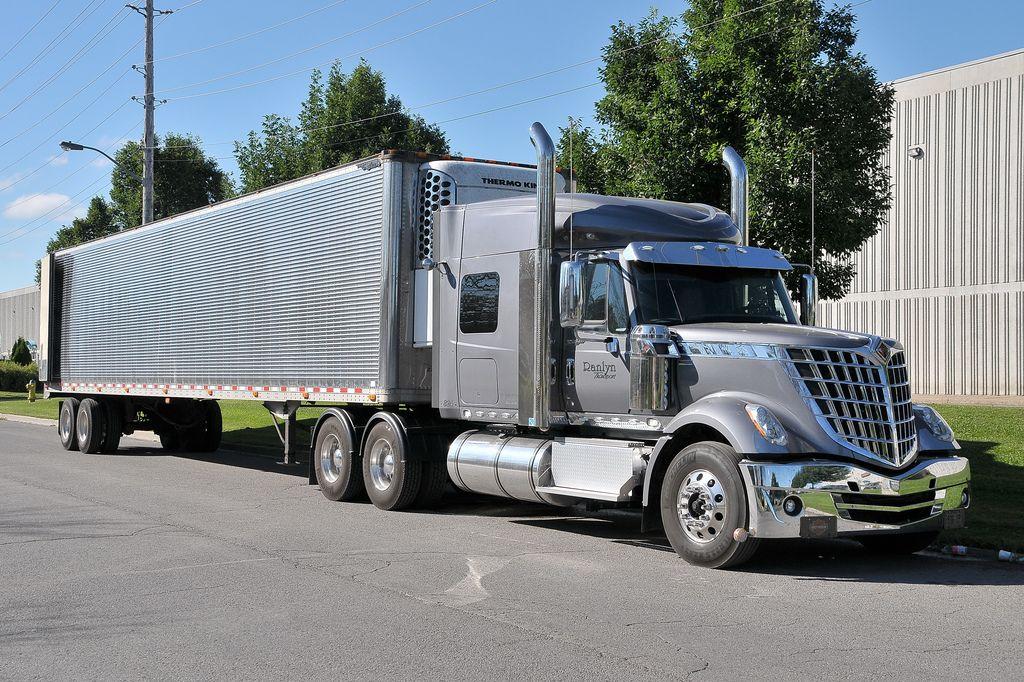 International LoneStar truck and Great Dane reefer trailer