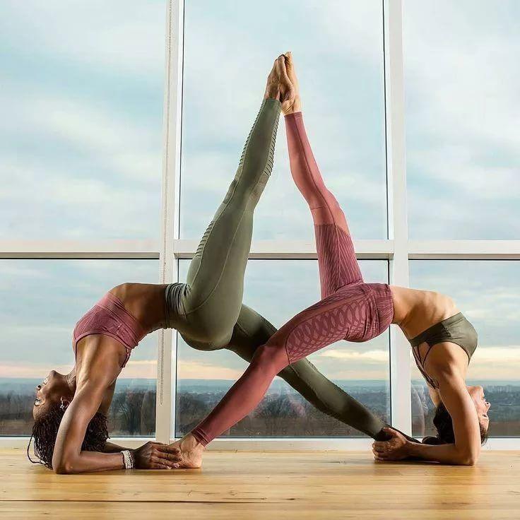 ранее картинки движения йоги на двоих это самый распространенный