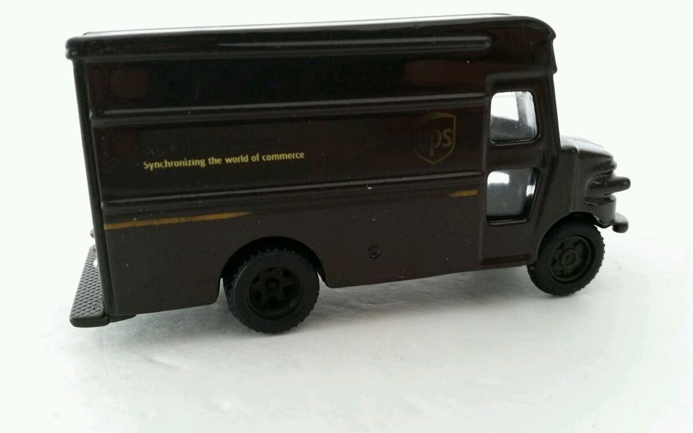 Ups Diecast Replica P 600 Delivery Toy Truck Scale 1 55 In Toys
