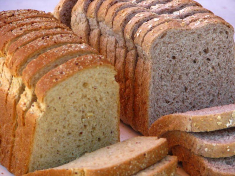 Картинка черного и белого хлеба