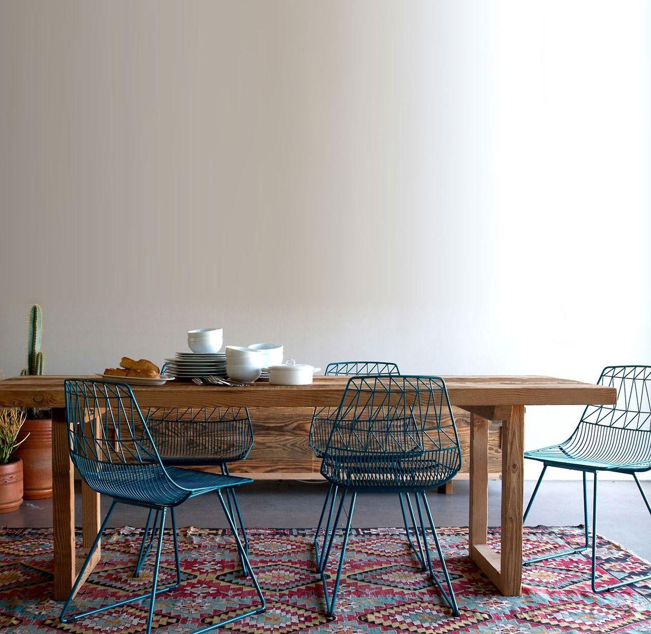 An entry from Quite Continental | Tisch und stühle, Leere und Stuhl