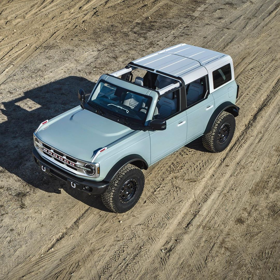 Lifestyle Of Mr X Ford Bronco 4 Door Lmx In 2020 Ford Bronco