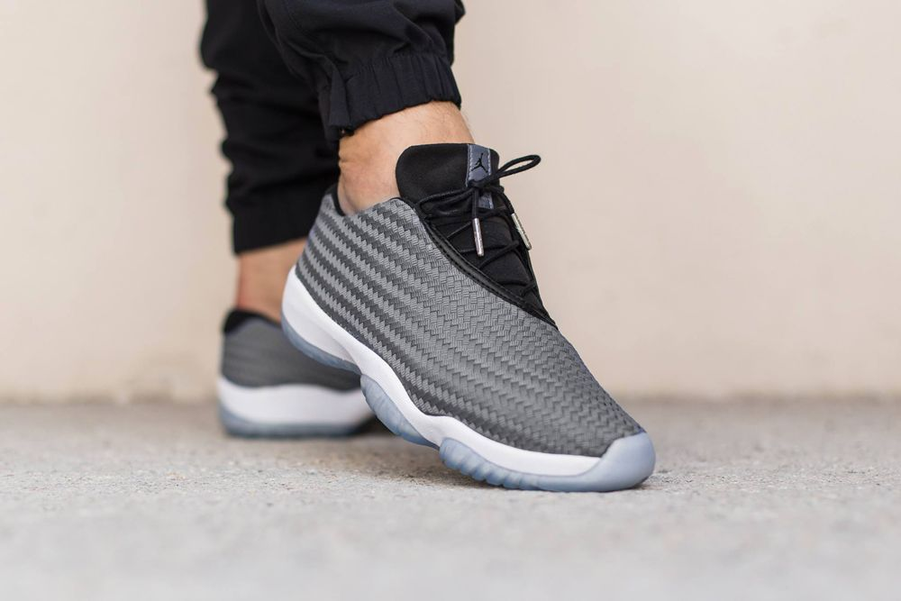 air jordan future low blanche femme
