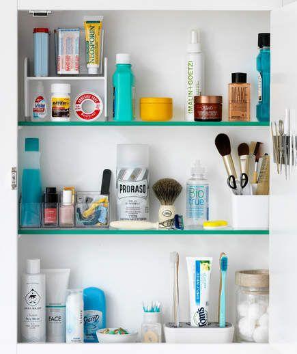 Medicine Cabinet Organizing Tricks | Medicine cabinets, Organized ...