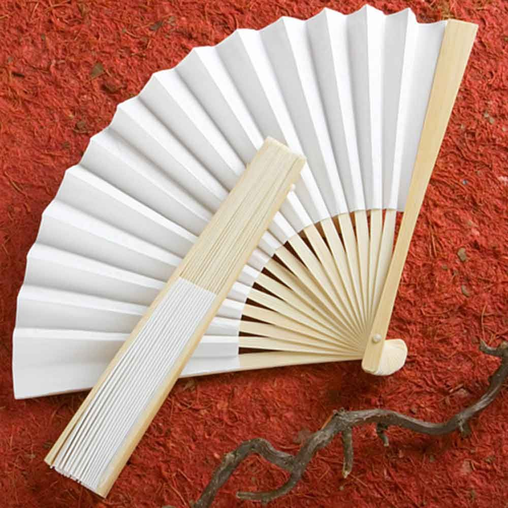 White Fan Wedding Favour | Wedding Favours | Pinterest | Fans ...